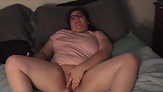 BBW spreads and shows pussy
