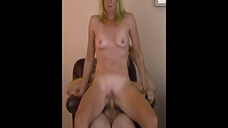 Celebrity Housewife in stolen leaked homemade sex tape