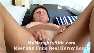 Mature Wife With Big Jugs Fuckng Herself To Orgasm