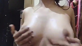desi indian gf rubbing her boobs - tevidiya