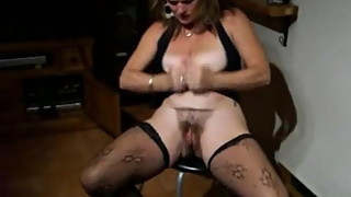 Hot Mature wife loves playing with herself and teasing men