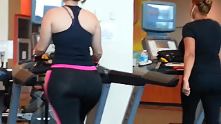 Ass in the gym
