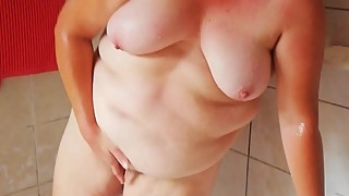 Yvonne shower masturbation