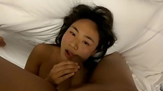 Submissive Asian hotwife getting nut on her face