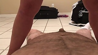 Wife takes load of piss in pussy