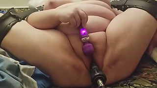Wife cums with machine