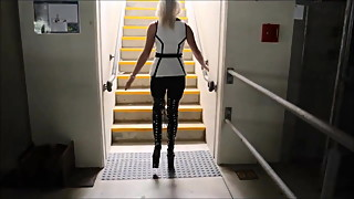 Nice blondes lady in High-Boots