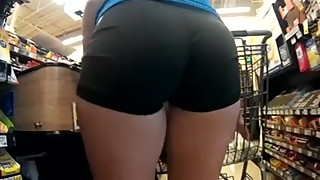 Candid Bubble Ass Wife Shopping in Tight Black Shorts